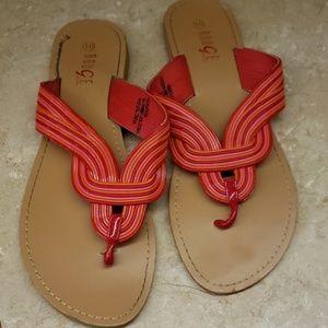 size 10 flat sandles